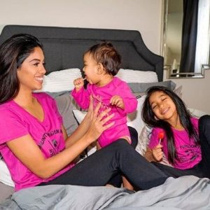 6折起+额外8折Roots 儿童区 收新款 粉粉嫩嫩 封面款亲子短袖$19
