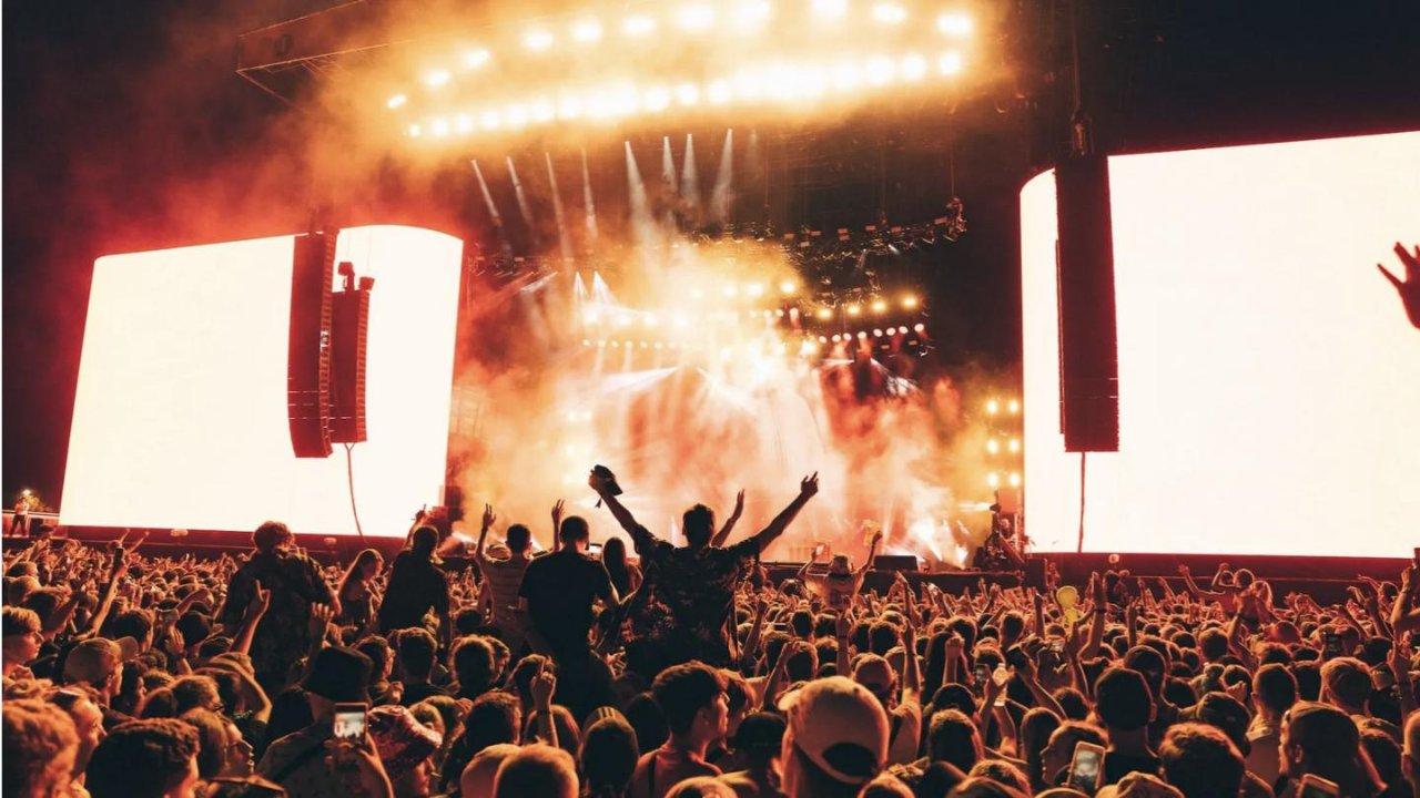 如何免费参加英国的各大音乐节,省钱必看!!