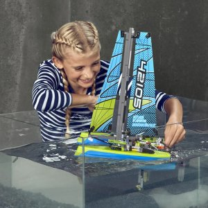 LEGO 机械组二合一 双体帆船 42105 包邮,可漂浮在水上