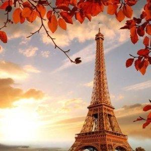 两晚£79起 3晚£129起2-3晚巴黎自由行 支持英国多个机场出发 一起去看秋天的铁塔