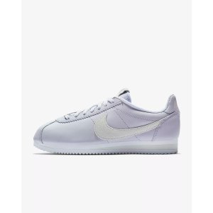 Sports Apparels and Shoes On Sale   Nike Up to 40% Off - Dealmoon f0228615b