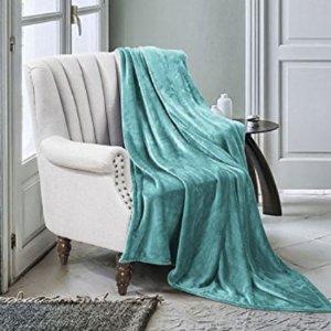 $9Luxe Manor Throw Blanket