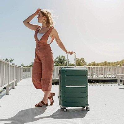 Samsonite Freeform Expandable Hardside Luggage with Double Spinner Wheels
