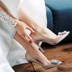全场8折 £620收黑色高跟钻扣MANOLO BLAHNIK 惊喜大促 婚鞋约会必备 秒变名媛风小秘密