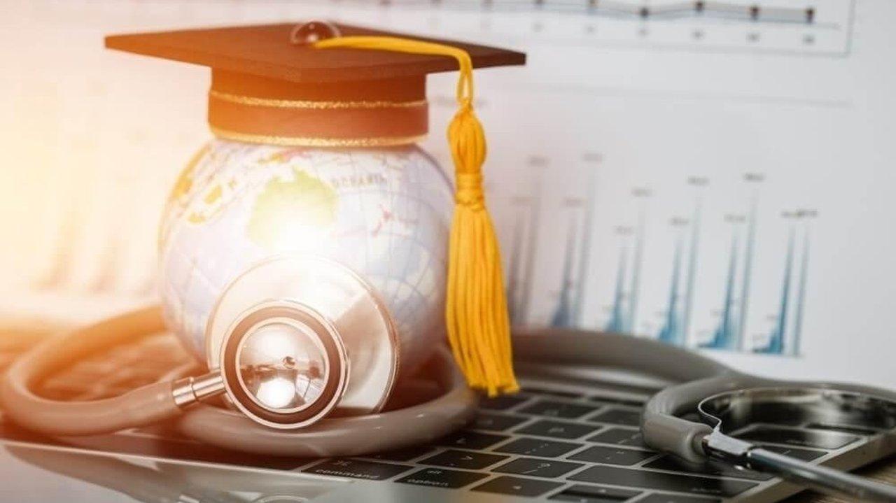 留学保险攻略 | 留学生美国医疗保险、OPT保险选购,Waive学校保险,看病报销流程