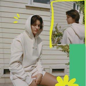 3折起 封面款卫衣$62Urban Outfitters 潮流促 超多美衣百元入 FilaxBTS T恤$39