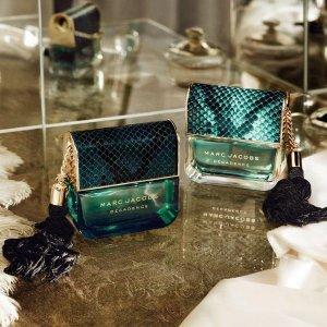 7de56d5a98b188 MARC JACOBS Divine Decadence Eau De Parfum
