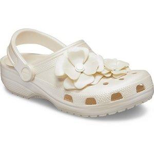 Crocs2双$45花花洞洞鞋
