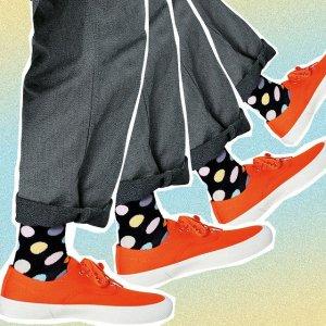 5折起+低门槛免邮! 猫咪礼盒€5Happy Socks 年中大促 速收活力缤纷袜子 超级适合夏日穿搭