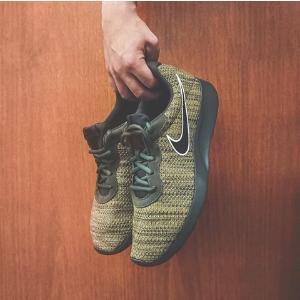 $26.99(原价$125)Proozy官网 Nike Tanjun男子休闲运动鞋超低价促销