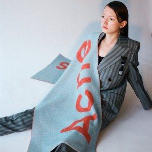 独家8.5折 €183收新款围巾上新:ACNE STUDIOS 2020早春系列上市 美衣包包打折收