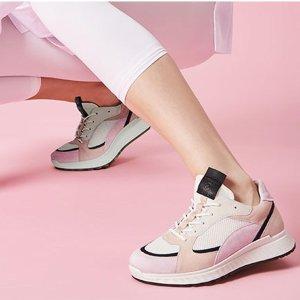 精选5折Ecco 母亲节特惠 鞋包大促 钱包$99