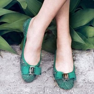低至5折+额外8.5折 $290收蝴蝶结鞋Salvatore Ferragamo 精选美鞋热卖