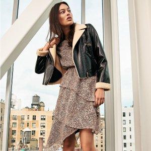 折扣区低至4折+无门槛额外7.5折DKNY精美服饰特价热卖 折扣区也参加
