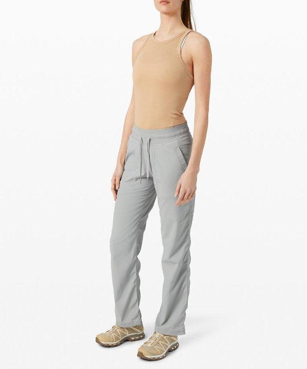 Dance Studio 休闲裤