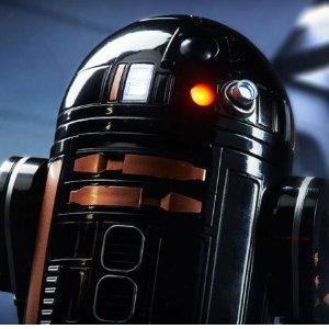 现价:£95.99(原价£149.99)闪购:Sphero R2-Q5 智能机器人