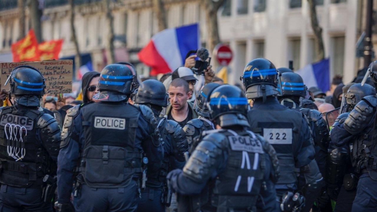 法国真的太乱不安全吗?手把手教你如何在法国保护自己