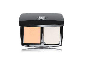 CHANEL Le Teint Ultra Tenue Ultrawear Flawless Compact Foundation Broad Spectrum SPF 15 Sunscreen