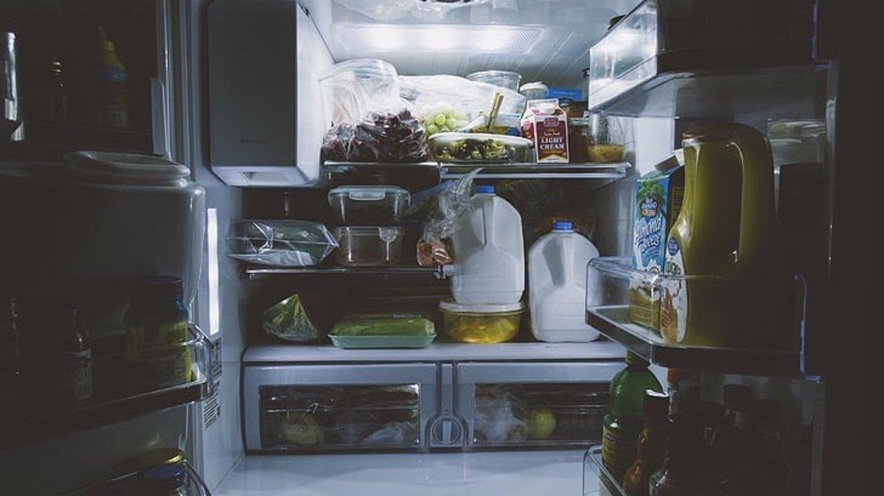 日系冰箱收纳法:9个技巧让你家冰箱变大变整洁!延长食物保鲜期!