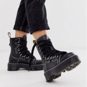 5折起 李维斯小白鞋£28 马丁靴£103闪购:ASOS 全场美鞋闪促继续 收马丁靴、adidas、Nike、Puma