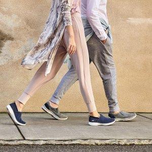 低至3折 部分额外6.5折Shoes.com 折扣区休闲舒适鞋履热卖