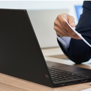 确认过眼神 是精英的样子比黑五低:ThinkPad X1 Carbon 10代处理器 全新登场