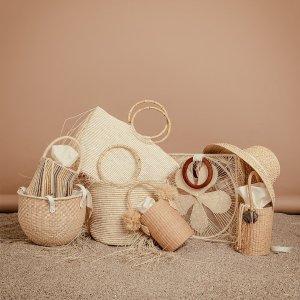 3.9折起 €74.2收迷你草编包Sensi Studio 超精致编织包 背上它仿佛身处阳光沙滩的假期