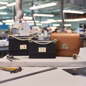 1927系列¥1500+ 免邮中国新春囤货节 Furla全线7.5折 2020年春夏新款也参加