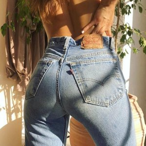 Up to 70% Off + Extra 25% OffSale @ Levis