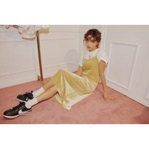 绒感纯色吊带裙