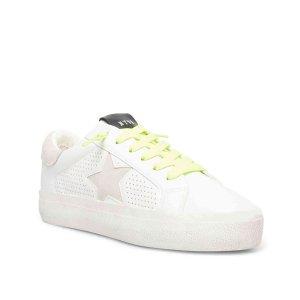 Steve MaddenStarling Sneaker