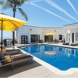 From $446 Sleep Up to 8Luxurious Resort Style 3BR w/ Stunning Ocean Views, Pool, Spa & Sauna