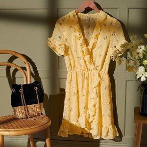 低至3折 €7收碎花连衣裙H&M 黄色系单品专场 还记得淡黄的长裙吗