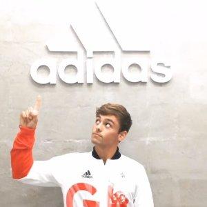 低至5折+额外8折11.11 Adidas 奥莱区运动服饰、鞋履折上折热卖