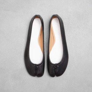 $700+8.5折 原价$795 变相7.5折Maison Margiela 低跟Tabi 驴蹄船鞋黑色 偷偷降价