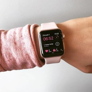 $279起 多色可选Best Buy Apple Watch Series 3 GPS版+Nike合作款