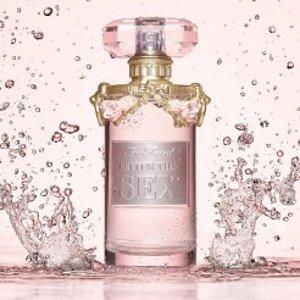 """又一款花果香 你期待吗?Too faced 即将推出首款香水""""爱情灵药"""" 公主气息满满的瓶身"""