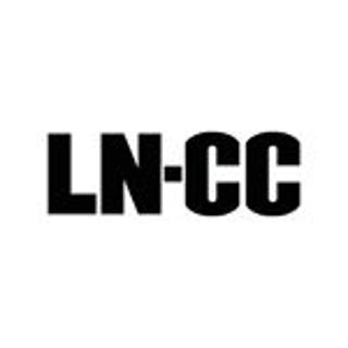 8折 Gucci经典老花钱包$288独家:LN-CC潮流专享 YSL相机包$796,Gucci Logo皮带$328