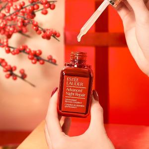 低至$80(原价$100)+送7件套好礼Estee Lauder 新年限量红色小棕瓶上新 红红火火超美腻