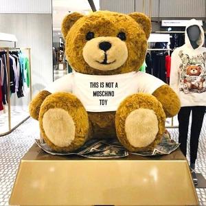 6折!€75就收logoT恤Moschino 黑五大促开始 经典可爱小熊系列快入手