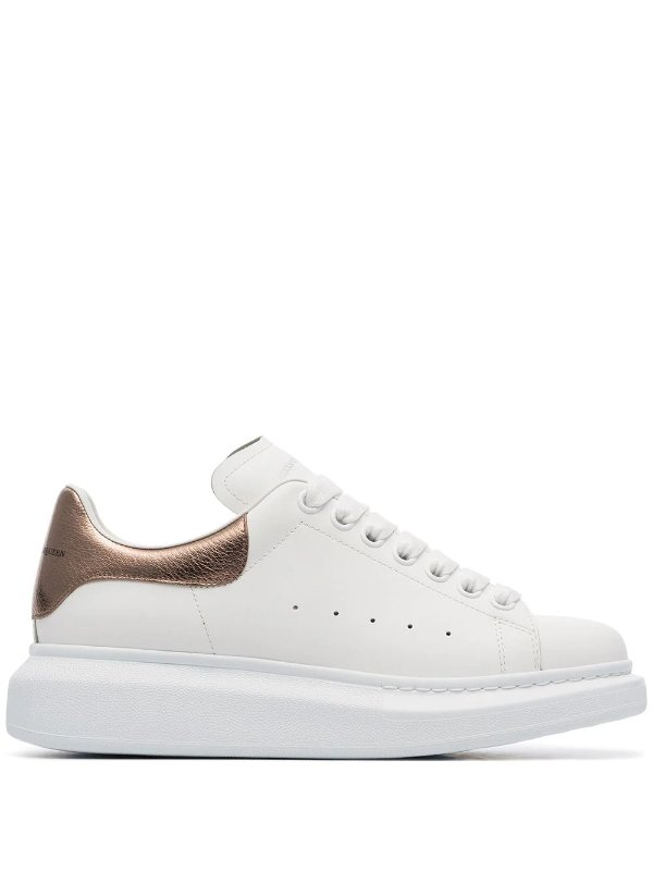 金尾小白鞋