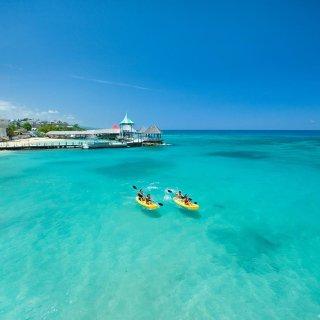 3.5折起 + 赠送最高$1000酒店消费全5星桑德斯一价全包度假村 Grenada及Ochi酒店