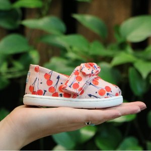 Extra 25% Off + Free ToteTOMS Kids Shoes Sale on Sale