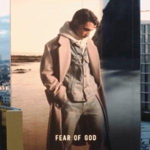 $325收FG字母短袖Fear of God SS21新款上架 $700+收欧阳娜娜同款卫衣