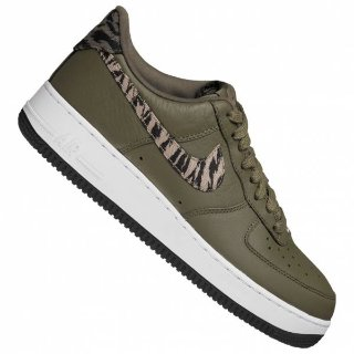 Nike Air Force 1 AOP 运动鞋