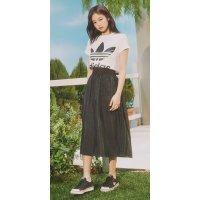 Adidas jennie同款短裙