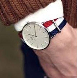 ¥559限时史低 买2再减50瑞典Daniel Wellington 男士石英多色手表