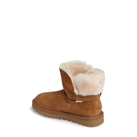 Karel 雪地靴