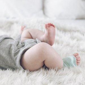 立减$50 时刻监控宝宝健康Owlet 智能婴幼儿监视系统  可追踪心率和氧气水平