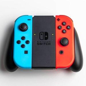 约$586.41多款可选PrimeDay日亚狂欢:Switch主机+游戏+保护包+钥匙扣+保护膜套装